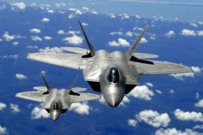 航空支配戦闘機、F-22。