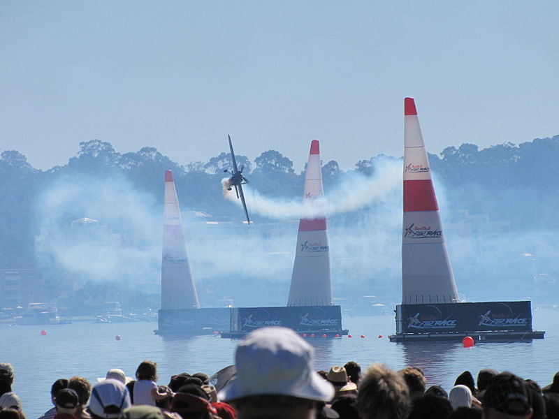 800px-Perth's_Red_Bull_Air_Race_2010